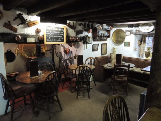 Llanrwst, UK: 素敵な店内