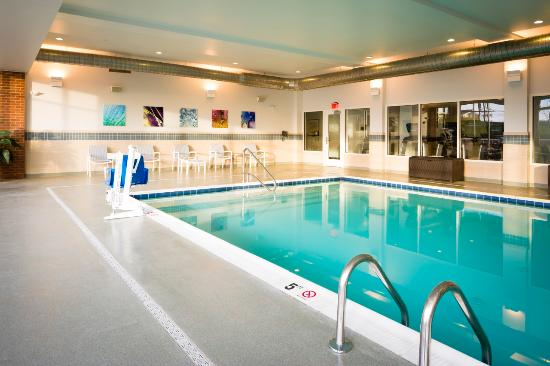 Nationwide Hotel and Conference Center: Indoor Pool