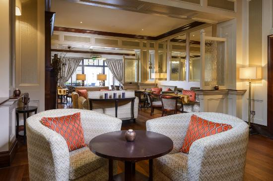 Muckross Park Hotel & Spa: Monks Lounge