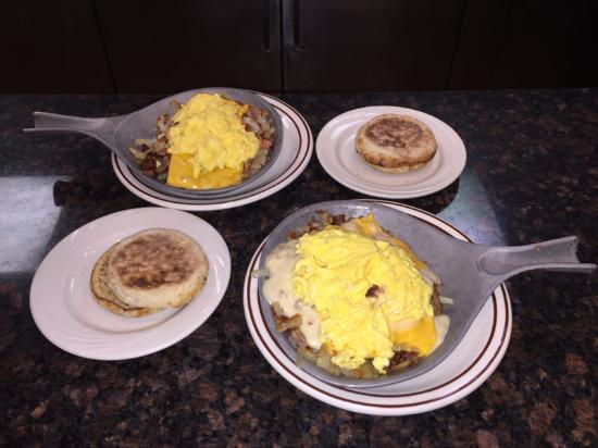 Pontiac, IL: Breakfast Skillets