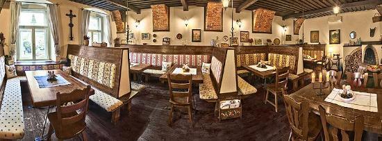 Villa Regia Restaurant