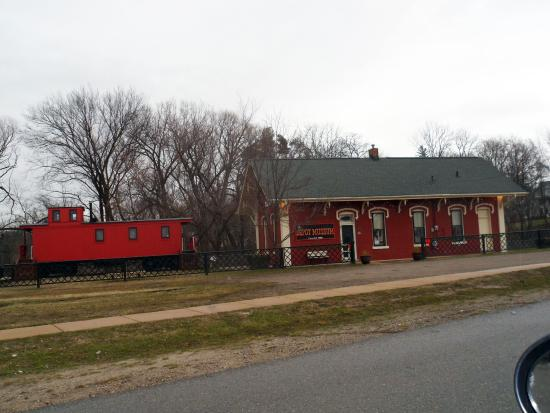 Wetmore (MI) United States  city photo : MI HOWELL RAILROAD MUSEUM 2 Picture of The Depot Museum, Howell ...