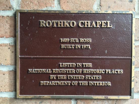 Rothko Chapel: Signs