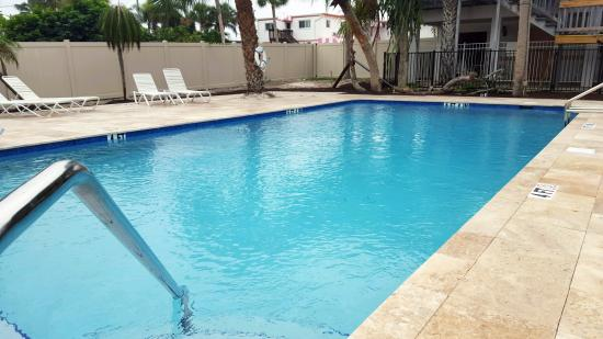 A Place to Be Motel: New heated pool!