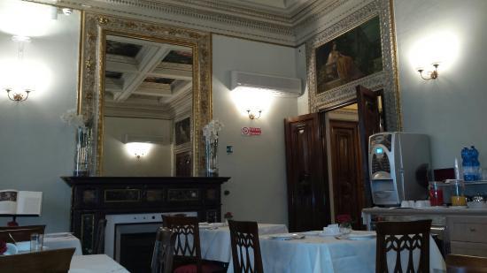 Hotel dei Macchiaioli: 20160125_094823_large.jpg