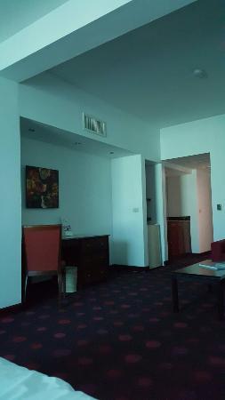 Radisson Hotel & Suites San Isidro : 20160123_165445_large.jpg