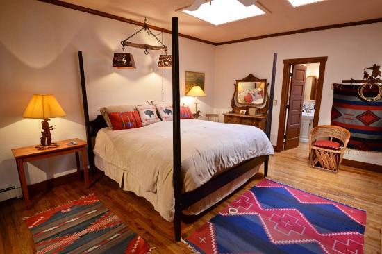 Casa Benavides Historic Inn