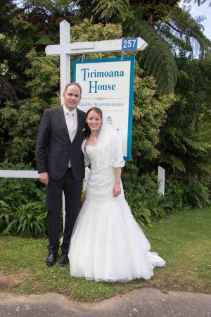 Anakiwa, Nueva Zelanda: Wedding at Tirimoana House - Photo by Liz Davidson & Ricky Wilson