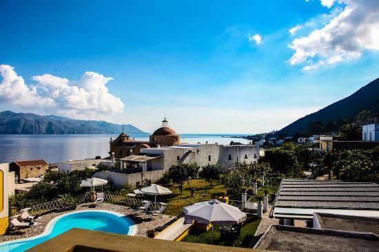 Santa Marina Salina, Italia: I panorami dell'Hotel
