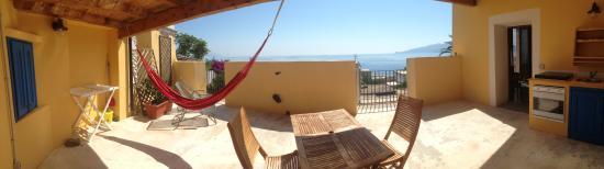 Santa Marina Salina, إيطاليا: Panoramica di un terrazzo di una delle Camere