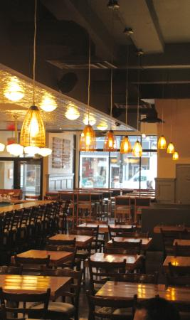 Photo of American Restaurant Indie Ale House at 2876 Dundas St W, Toronto M6P 1Y8, Canada