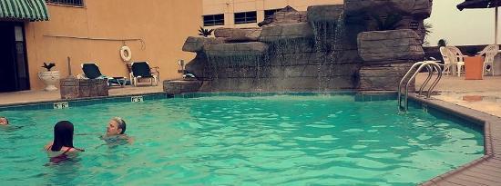 Days Inn By Wyndham Virginia Beach At The Beautiful Pool