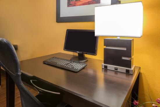 Portsmouth, OH: Work desk