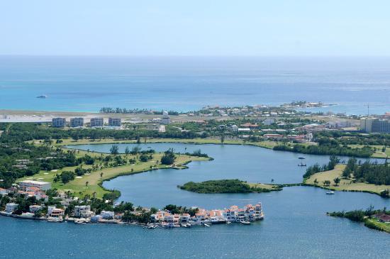 Baie Nettle, St Martin / St Maarten: SLALOM COURSE