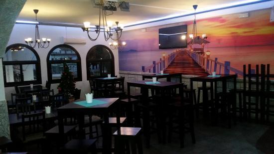 Triana Bar Restaurant