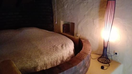 Alcacovas, Portugal: apartamento 10 cama redonda