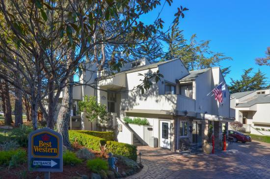 Best Western The Inn Suites Pacific Grove Front Of Hotel