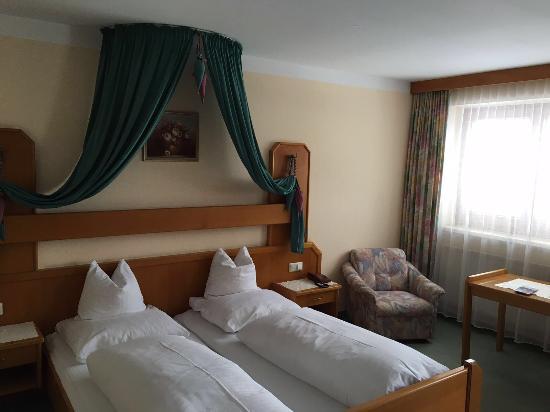 Hotel Simmerlwirt: Bedroom 221