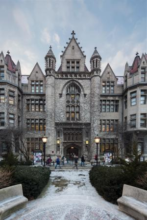 University of Chicago : Cobb Lecture Hall. Image by Tom Rossiter Photography.