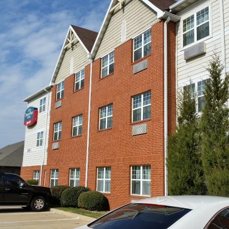 TownePlace Suites Dallas Bedford Photo