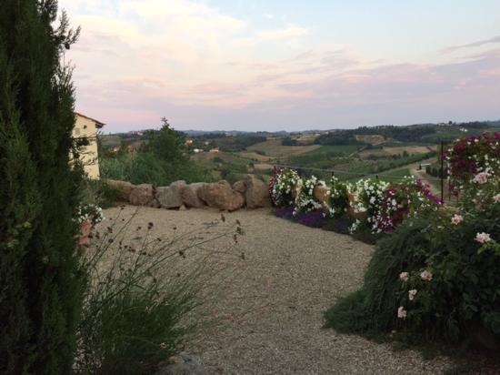 Монтеспертоли, Италия: Panorama!!