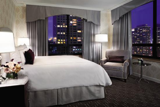 The Ritz-Carlton, Chicago: City View Guest Room