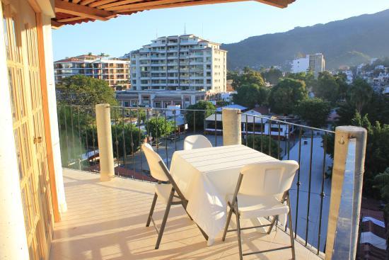 Hotel Posada Lily: Suite con Vista a las Montañas