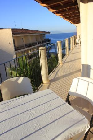 Hotel Posada Lily: Suite con Vista parcial al Mar