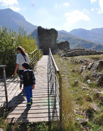 Valle Castellana, Italy: ...quasi arrivati, si vede la meta!!!.