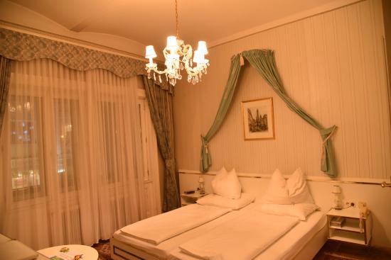 Hotel Zur Wiener Staatsoper : Room