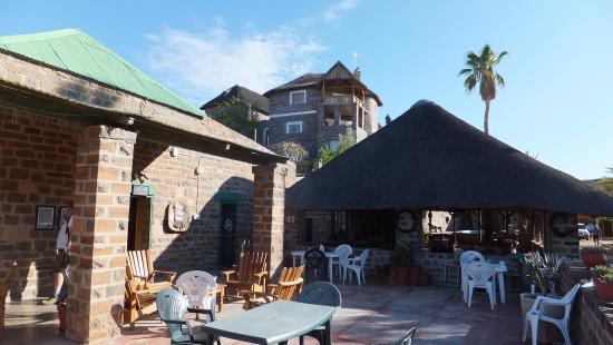 Keetmanshoop, Namibia: Terrace seating