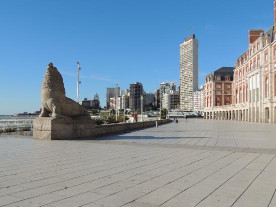 Monumento al Lobo Marino