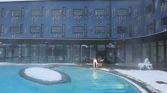 Kosta, السويد: utomhus poolen vintertid