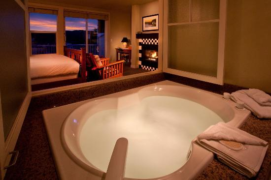Port Ludlow, WA: Jetted tubs in each guest room