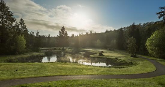Port Ludlow, Вашингтон: Misty morning at the golf course