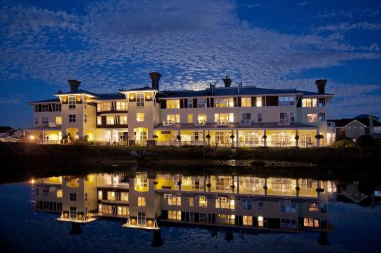 Port Ludlow, WA: The Inn at Night