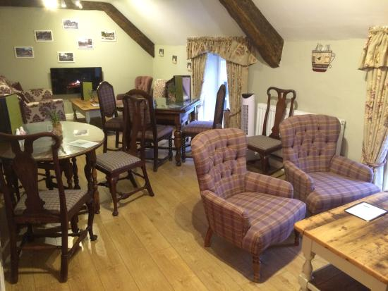 Lavenders Tea Rooms Shop & Takeaway: Our sofa lounge upstairs