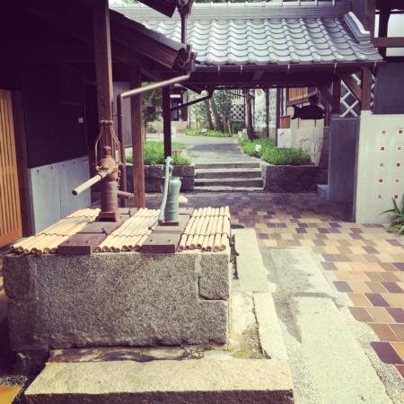 Yakage-cho, Japan: Courtyard of Yakage-ya . Here you can touch the original landscape of  Japan .
