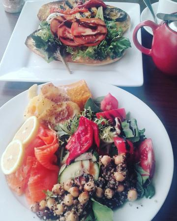Armadillos Cafe