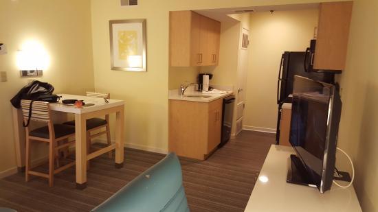Sonesta es suites schaumburg schaumburg zdj cie shower - 2 bedroom suites in schaumburg il ...