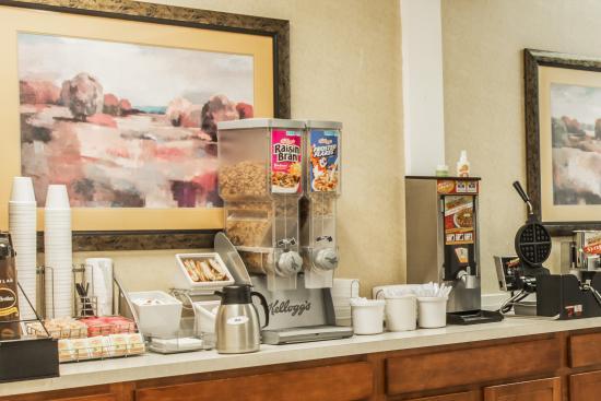 Caryville, Теннесси: Breakfast Bar