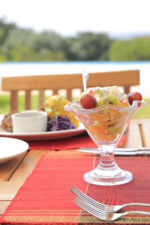 Machakos, Kenya: Poolside Dessert