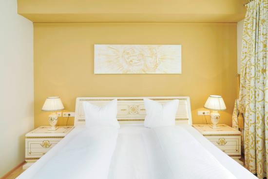 Hotel Schwarzer Adler: Maria Theresia Suite