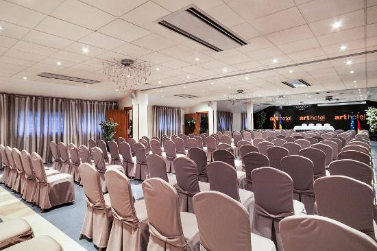 Hotel Acta Arthotel: salas 2