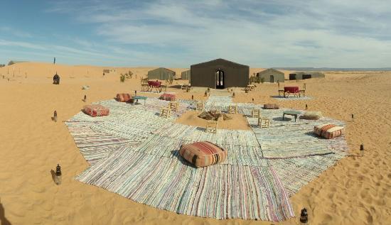 Les Cles Du Desert Luxury Bivouac : Terrass