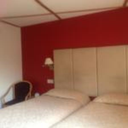 Takeley, UK : Twin Room