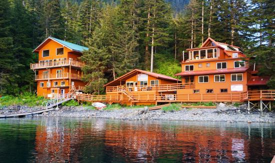 Elfin Cove, AK: Newly Renovated