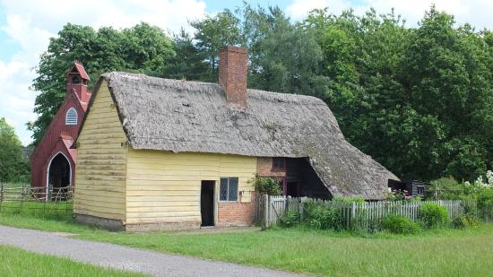 Chalfont St. Giles, UK: Historic cottage at Chiltern Open Air Museum
