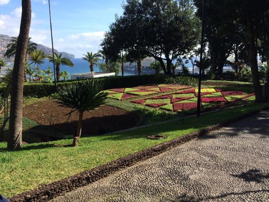 Presidential Palace Garden: photo0.jpg