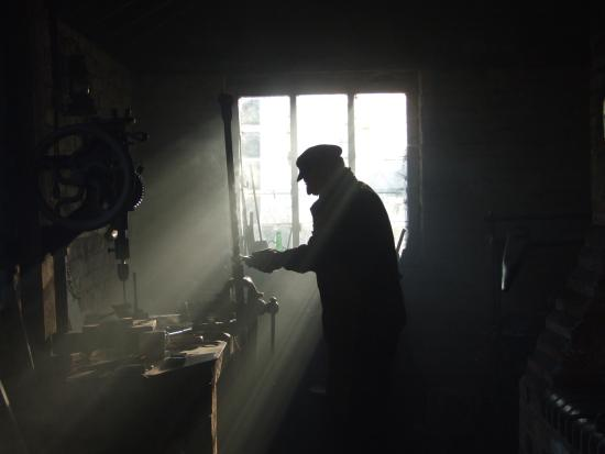 Chalfont St. Giles, UK: Victorian forge and blacksmith at Chiltern Open Air Museum
